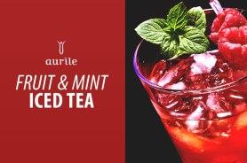 Składniki: • ok. 7 łyżeczek herbaty czerwonej Aurile Joy • cukier do smaku • 1/2 l wody mineralnej • do dekoracji: truskawki, maliny, listki mięty Przygotowanie: Herbatę zaparzać przez 5 minut w 1/2 litra wody o temperaturze 96°C. Posłodzić do smaku. Przelać do foremek do lodu i zamrozić. Kostki herbacianego lodu włożyć do dzbanka, zalać wodą mineralną. Dla ozdoby dodać truskawki, maliny i listki świeżej mięty.
